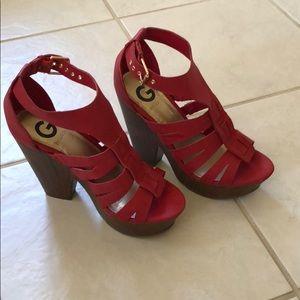 20a1fb1b9eed5 G by Guess platform sandal